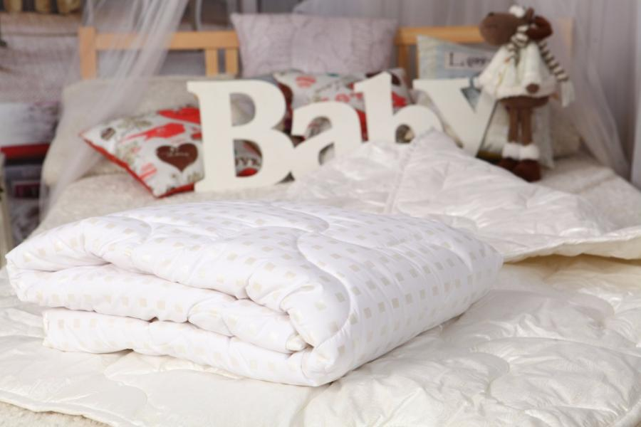 Cashmere Baby Blanket or Duvet: What to Choose